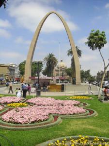 Central Boulevard in Tacna