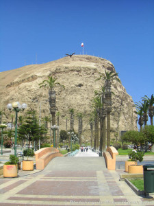 Morro de Arica as seen from the downtown area.